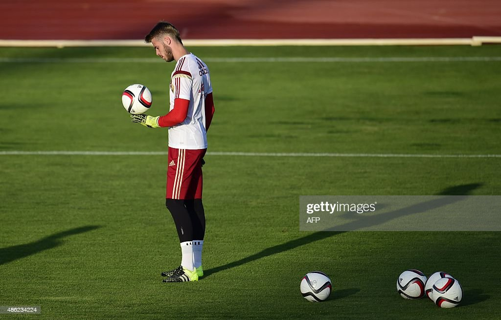 Manchester United's Spanish goalkeeper David de Gea looks on during a training session of the Spanish national football team in Las Rozas' Soccer City on September 2, 2015.