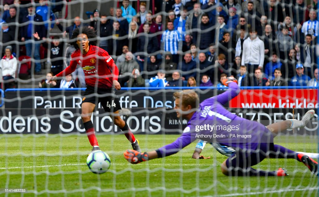 Huddersfield Town v Manchester United - Premier League - John Smith's Stadium : News Photo