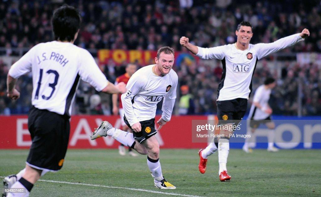 Soccer - UEFA Champions League - Quarter Final - Roma v Manchester United - Stadio Olimpico : News Photo