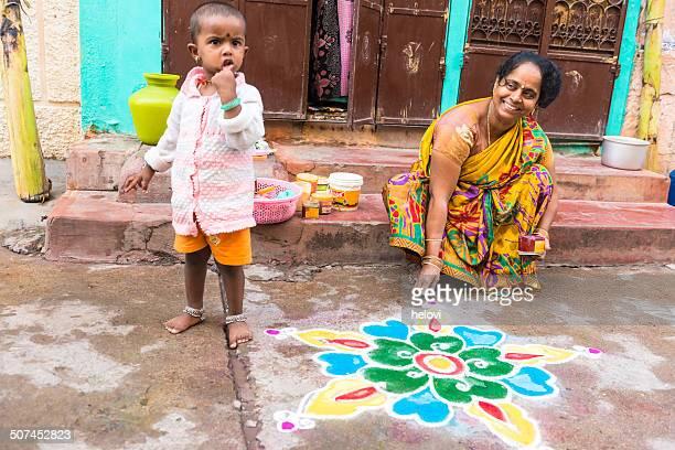 インドの曼荼羅 - mandalas india ストックフォトと画像