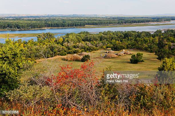 mandan village in abraham lincoln state park and missouri river, bismarck, north dakota - state park stock pictures, royalty-free photos & images