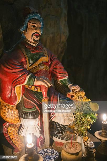 Mandarin - Huyen Khong Cave