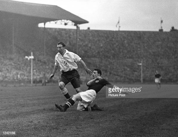 STADIUM 4th March 1944 Original publication Picture Post 1648 England V Scotland Pub 1944 Mandatory Credit Allsport/Picture Post/Hulton/Archive