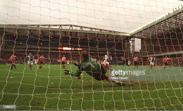 ROVERS'' PENALTY DURING THE FA PREMIERSHIP MATCH AT EWOOD PARK IN BLACKBURN SHEARER SCORED FROM THE REBOUND AND BLACKBURN WON THE MATCH 32 Mandatory...