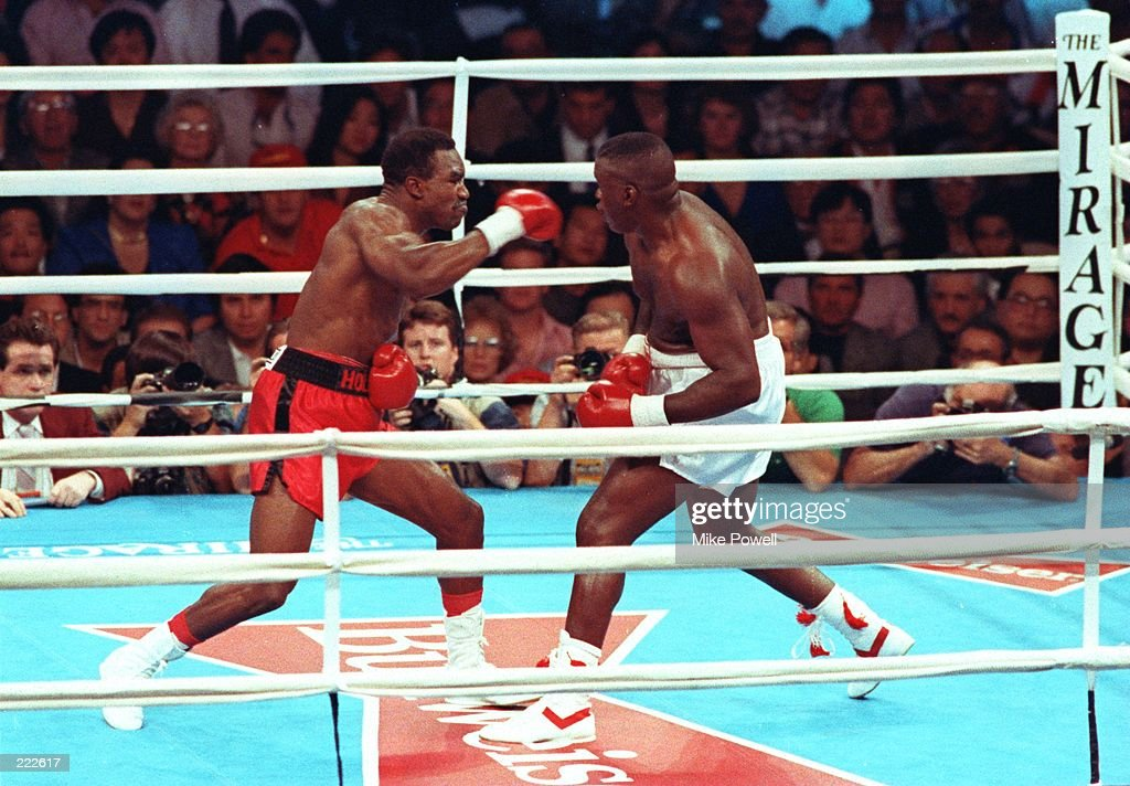 HOLYFIELD V DOUGLAS : News Photo