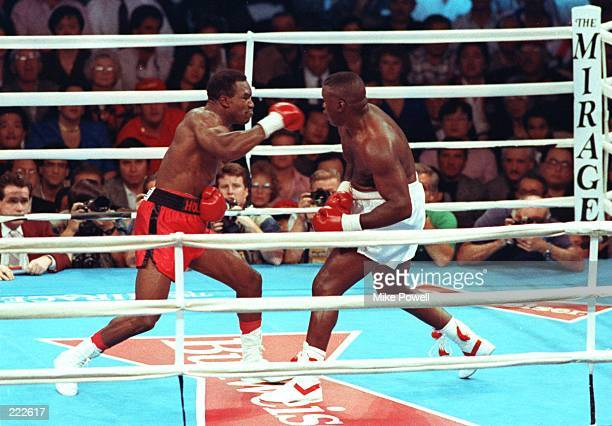 IN ACTION AGAINST JAMES BUSTER DOUGLAS FOR THE WORLD HEAVYWEIGHT TITLE AT THE MIRAGE HOTEL IN LAS VEGAS VEGAS Mandatory Credit Mike Powell/ALLSPORT
