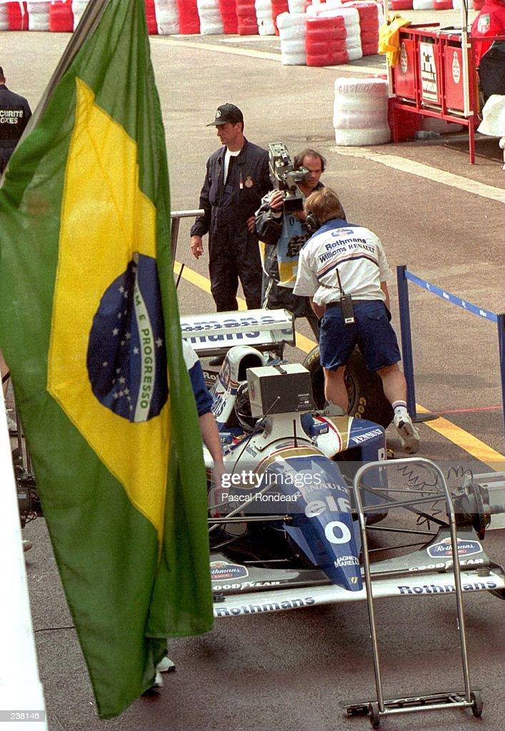F1 BRAZILAN FLAG : News Photo