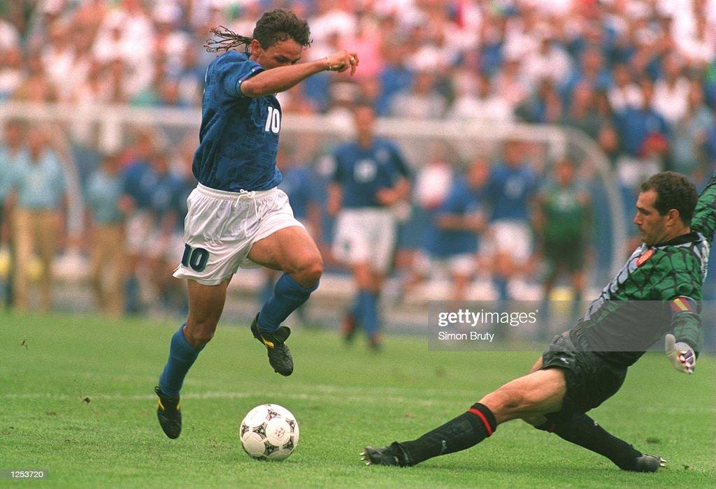 ITALY V SPAIN : News Photo
