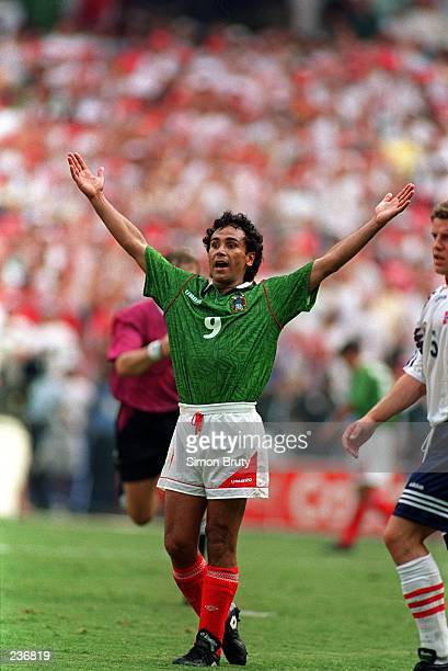 S 10 VICTORY OVER MEXICO IN THE 1994 WORLD CUP GAME AT RFK STADIUM IN WASHINGTON DC Mandatory Credit Simon Bruty/ALLSPORT