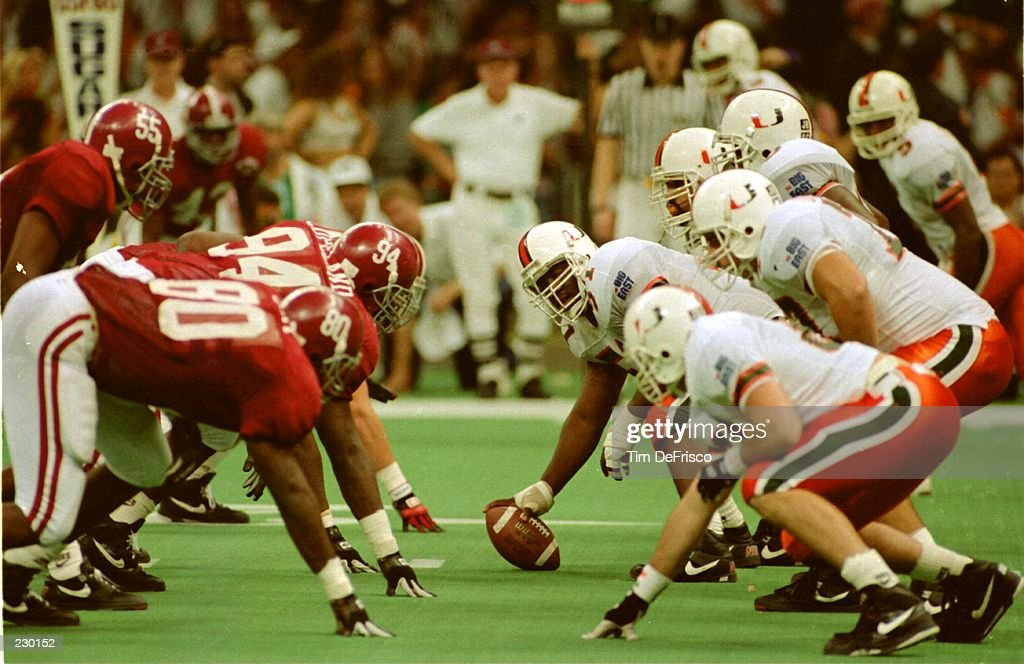 1993 SUGAR BOWL : News Photo
