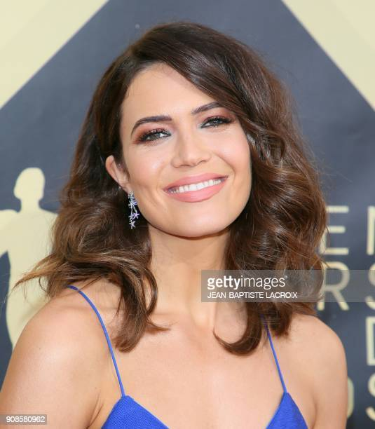 Mandy Moore arrives for the 24th Annual Screen Actors Guild Awards at the Shrine Exposition Center on January 21 in Los Angeles California / AFP...