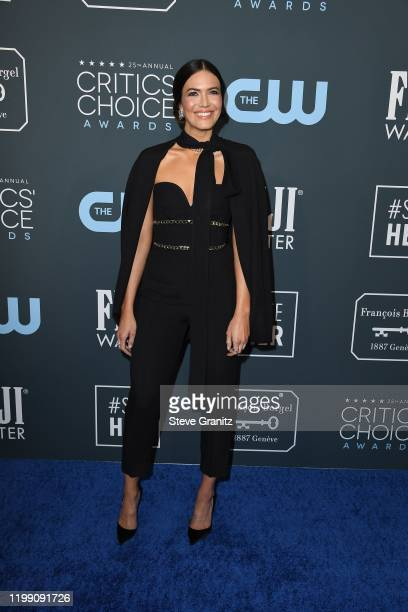 Mandy Moore attends the 25th Annual Critics' Choice Awards at Barker Hangar on January 12 2020 in Santa Monica California
