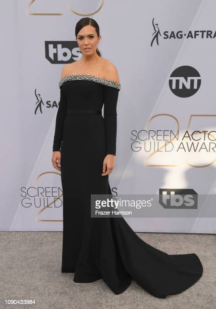 Mandy Moore attends the 25th Annual Screen ActorsGuild Awards at The Shrine Auditorium on January 27 2019 in Los Angeles California