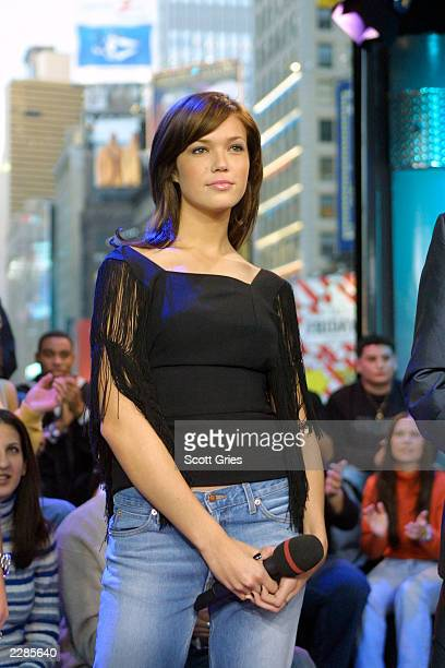 Mandy Moore during MTV's TRL at the MTV studios in New York City 1/17/02 Photo by Scott Gries/ImageDirect