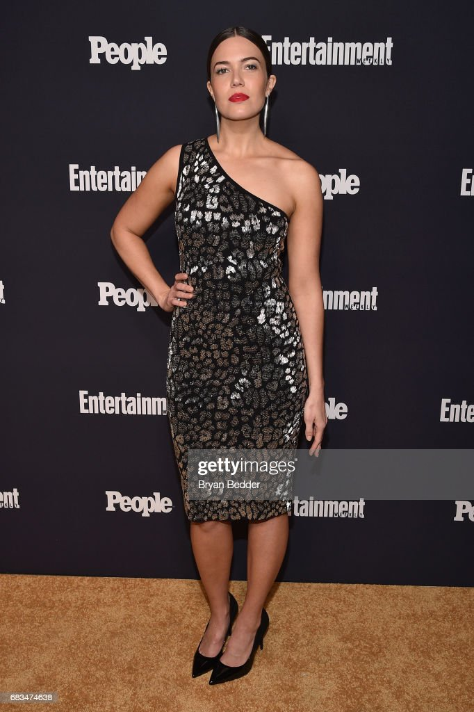 Mandy Moore of This Is Us attends the Entertainment Weekly and PEOPLE Upfronts party presented by Netflix and Terra Chips at Second Floor on May 15, 2017 in New York City.