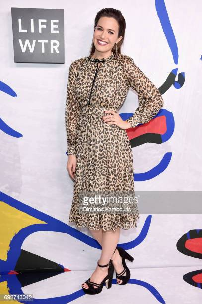 Mandy Moore poses on the Winners Walk during the 2017 CFDA Fashion Awards at Hammerstein Ballroom on June 5 2017 in New York City