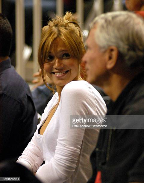 Mandy Moore sits courtside as she cheers on her boyfriend Andy Roddick at the 2004 Siebel Open in San Jose California February 13 2004