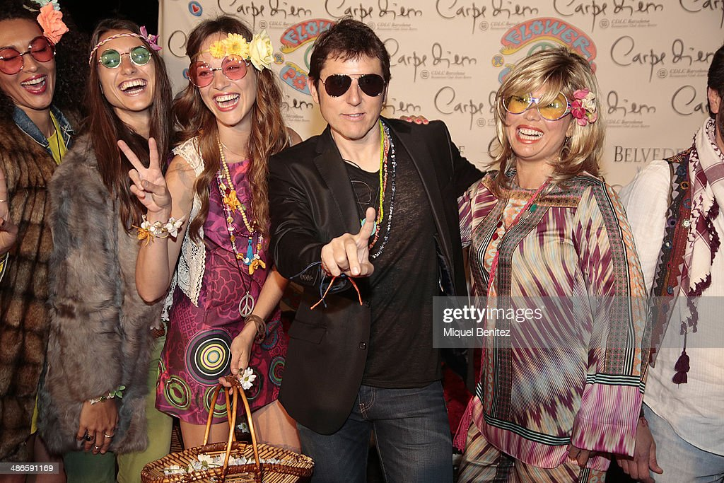Préférence Flower Power Party in Barcelona Photos and Images | Getty Images RH67