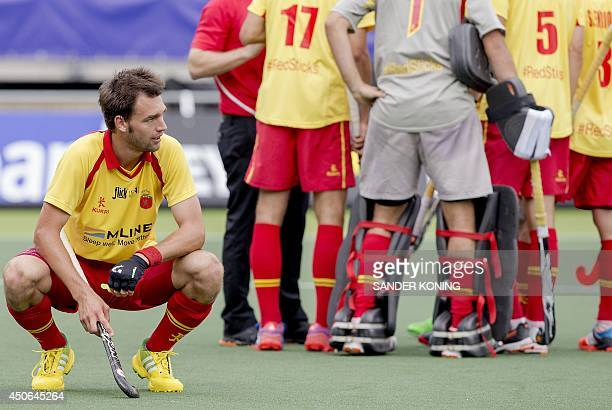 Manel Terraza of Spain reacts after the defeat of his team in the hockey match against New Zealand in the men's tournament of the Field Hockey World...