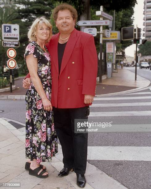 Manfred Durban Ehefrau Helene Dreharbeiten zur ZDFShow 'Die Flippers das Leben ist eine Wundertüte mit den Flippers an der Cote dÏAzur' Monte Carlo...