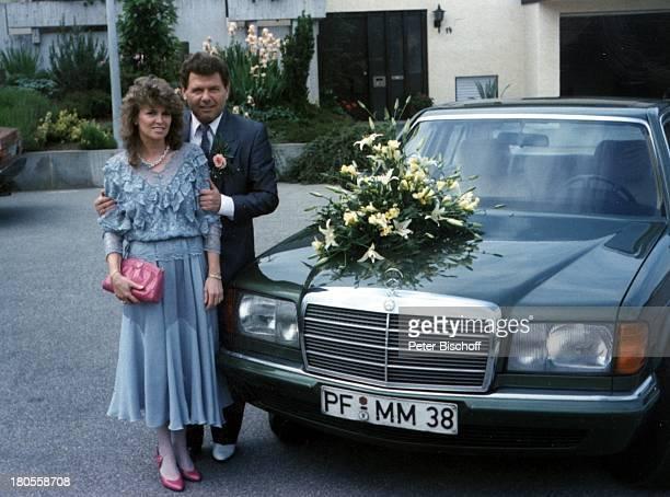 Manfred Durban Ehefrau Helene Hochzeitstag Privatfoto Mercedes Auto Wagen BrautAuto