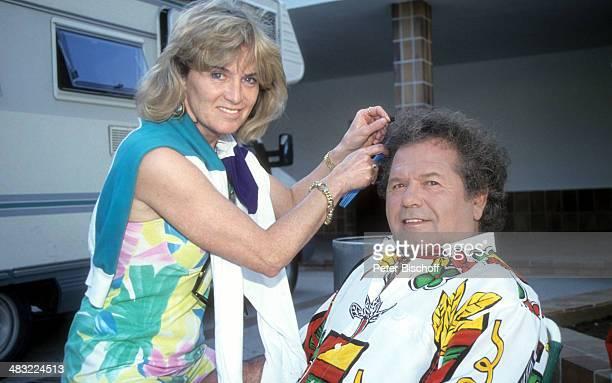 Manfred Durban und Ehefrau Helene 1 ZDFTVSpecial 'Die Flippers auf Mallorca' zum 25jährigen Jubiläum am Insel Mallorca Balearen Spanien
