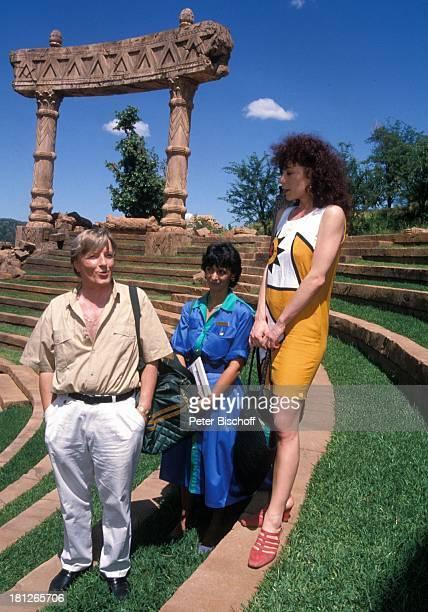 Manfred Zapatka Conny Glogger Nina Hoger PRO 7 Serie Glueckliche Reise Folge 18 Sun City The Lost City/SüdAfrika Südafrika Episode 2 Ein Toter auf...