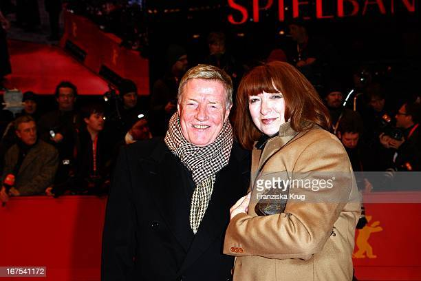 Manfred Zapatka Und Ehefrau Margarete Bei Ankunft Zur Abschlussveranstaltung Am Potsdamer Platz In Berlin