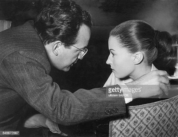 Mangano Silvana *Actress Italywith her husband the director Dino de Laurentiis 1954