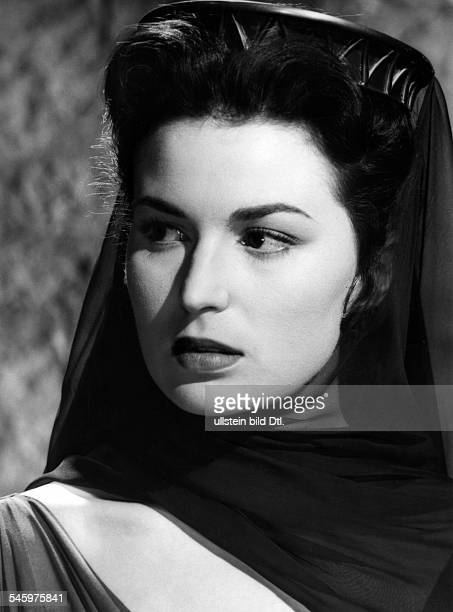 Mangano Silvana Actress Italy * Scene from the movie 'Ulisse'' as Penelope Directed by Mario Camerini Italy 1954 Produced by Lux Film Vintage...