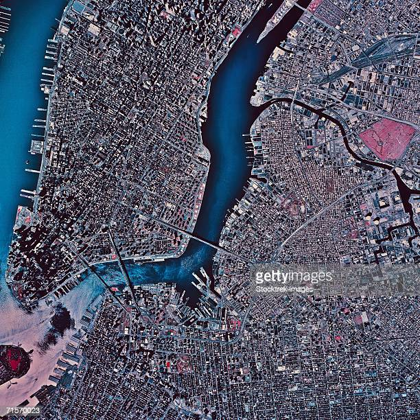 """""""manhattan and brooklyn, new york, satellite image"""" - mid atlantic usa stock pictures, royalty-free photos & images"""