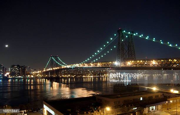 manhattan and williamsburg bridges, night - william moon stock pictures, royalty-free photos & images