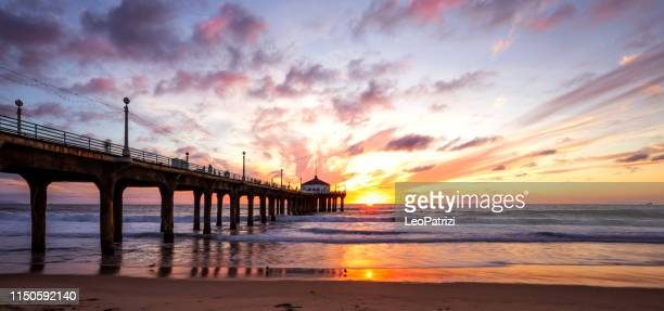 manhattan beach pier en california-los angeles - california fotografías e imágenes de stock
