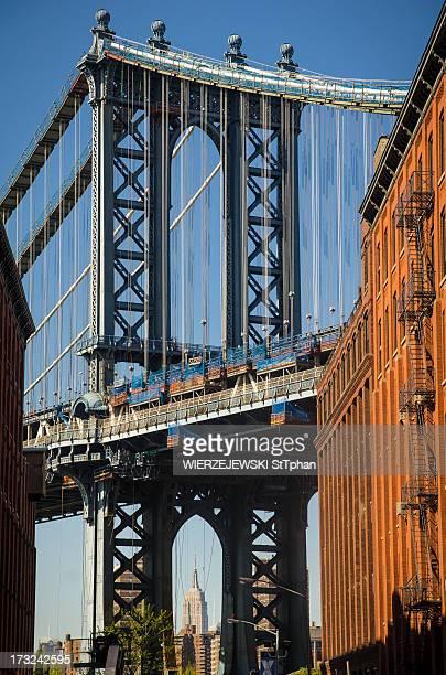 Manhattan Bride from Dumbo