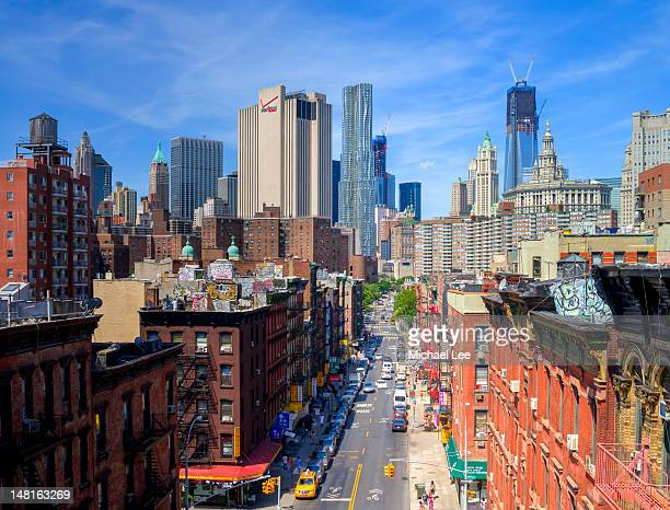 manhattan bridge - lower east side manhattan stock pictures, royalty-free photos & images