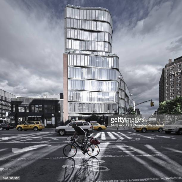 Manhattan, Chelsea, bicycle in the 8th Avenue