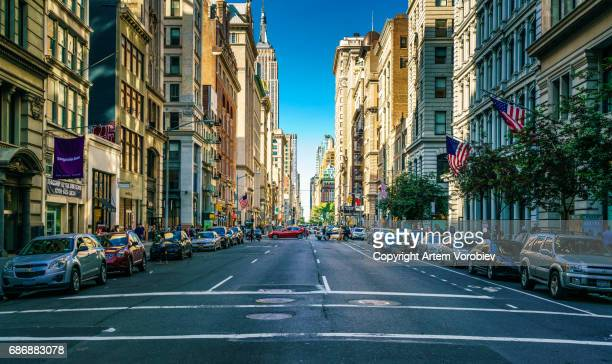 manhattan, fifth avenue - chelsea new york stock pictures, royalty-free photos & images