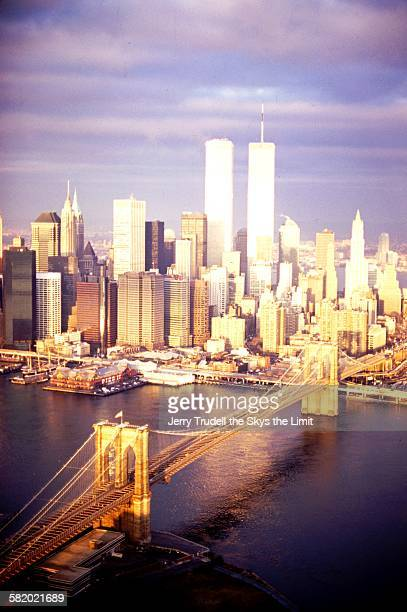 manhattan from brooklyn - twin towers manhattan stock photos and pictures