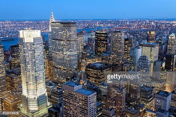 夕暮れのマンハッタン照明付き