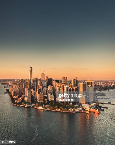 manhattan island aerial view - queens new york city stock pictures, royalty-free photos & images