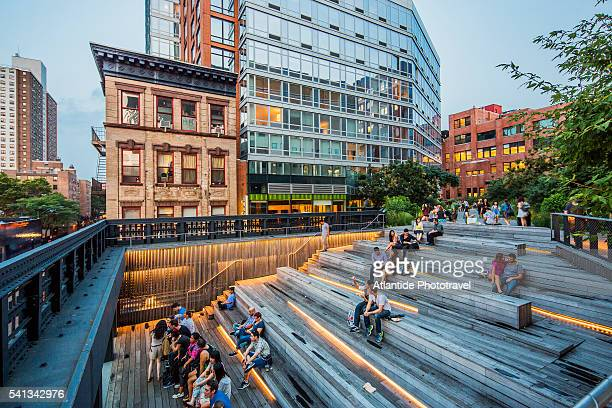 Manhattan, Meatpacking District, High Line Elevated Park, the panoramic platform near the 17th Street
