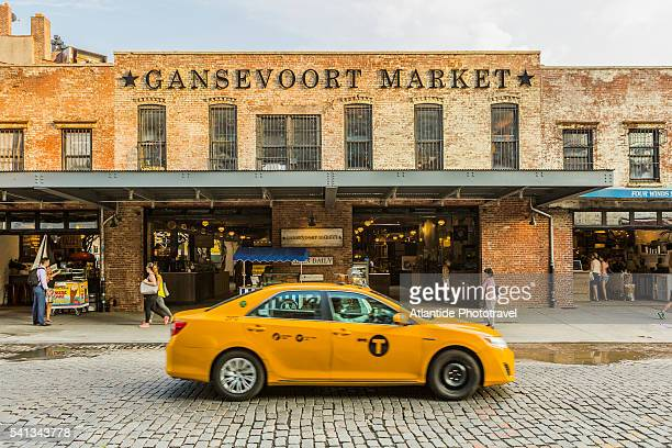 Manhattan, Meatpacking District, taxi in front of the Gansevoort Market