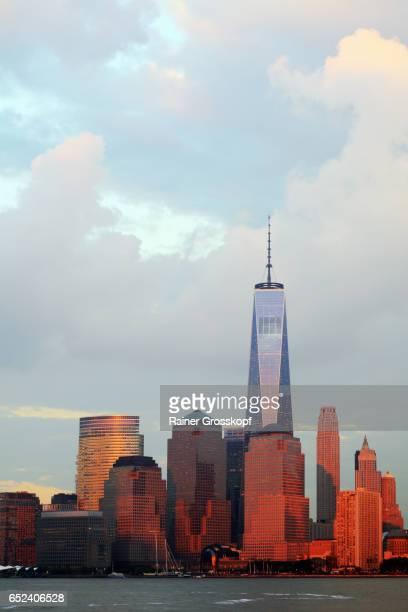 manhattan skyline at sunset - rainer grosskopf 個照片及圖片檔