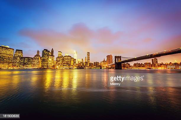 manhattan skyline brooklyn bridge new york city - mlenny stock pictures, royalty-free photos & images