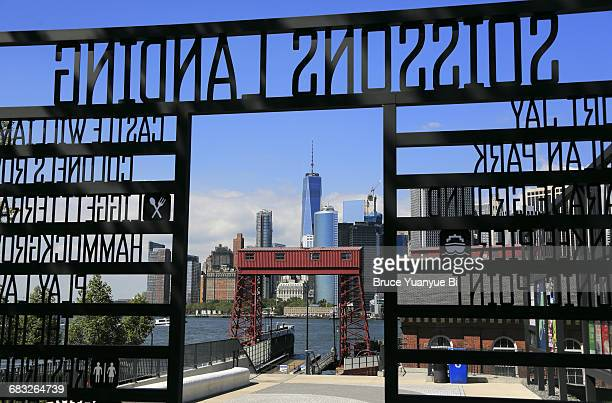 manhattan skyline from soissons landing - governors island stock pictures, royalty-free photos & images