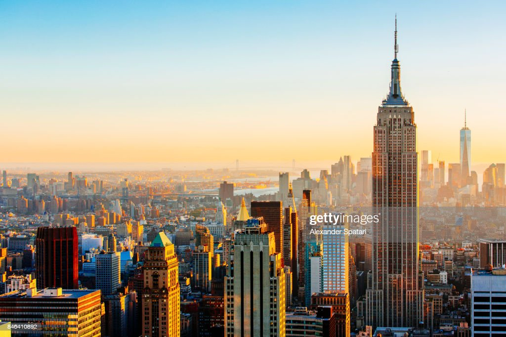 Manhattan skyline on a sunny day Empire State Building on the right, New York, United States : Stock-Foto
