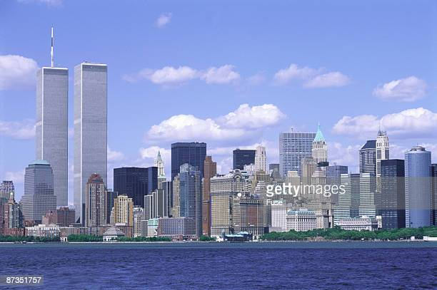 manhattan skyline - twin towers manhattan stock photos and pictures