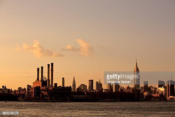 Manhattan skyline seen from Williamsburg, Brooklyn