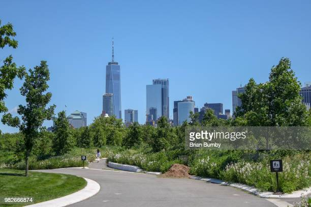 manhattan skyline viewed from governors island - governors island stock pictures, royalty-free photos & images
