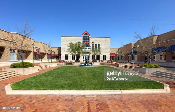manhattan town center - manhattan kansas stock pictures, royalty-free photos & images